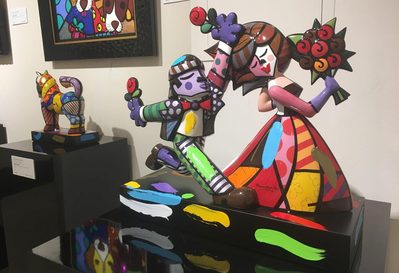 """""""Follow Me"""" (2018) by Romero Britto, sculpture"""