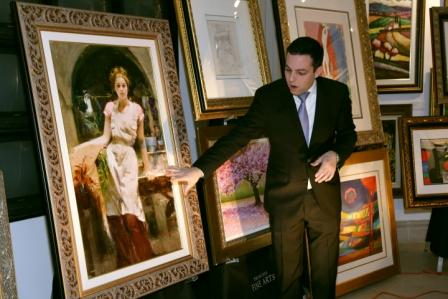 "Park West Gallery Director David Gorman highlights Pino during ""400 Years of Art History"""