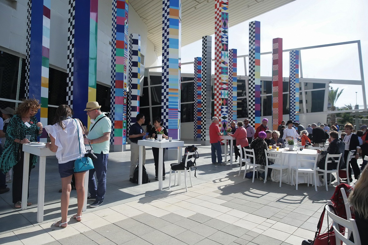 Park West Gallery VIP clients enjoying lunch on the patio of the Yaacov Agam Museum of Art (Photo by Shooka Cohen)