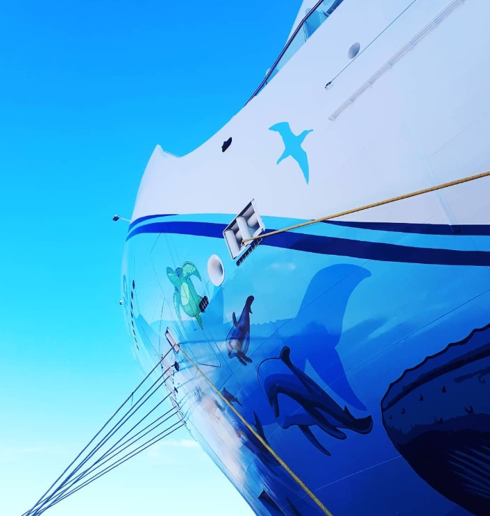 From @bevtraveladventures: Norwegian Bliss cruise ship art