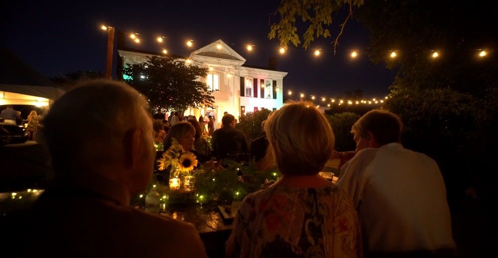 An outside look at the opening gala for the Picasso/Mouly show at the Monthaven.