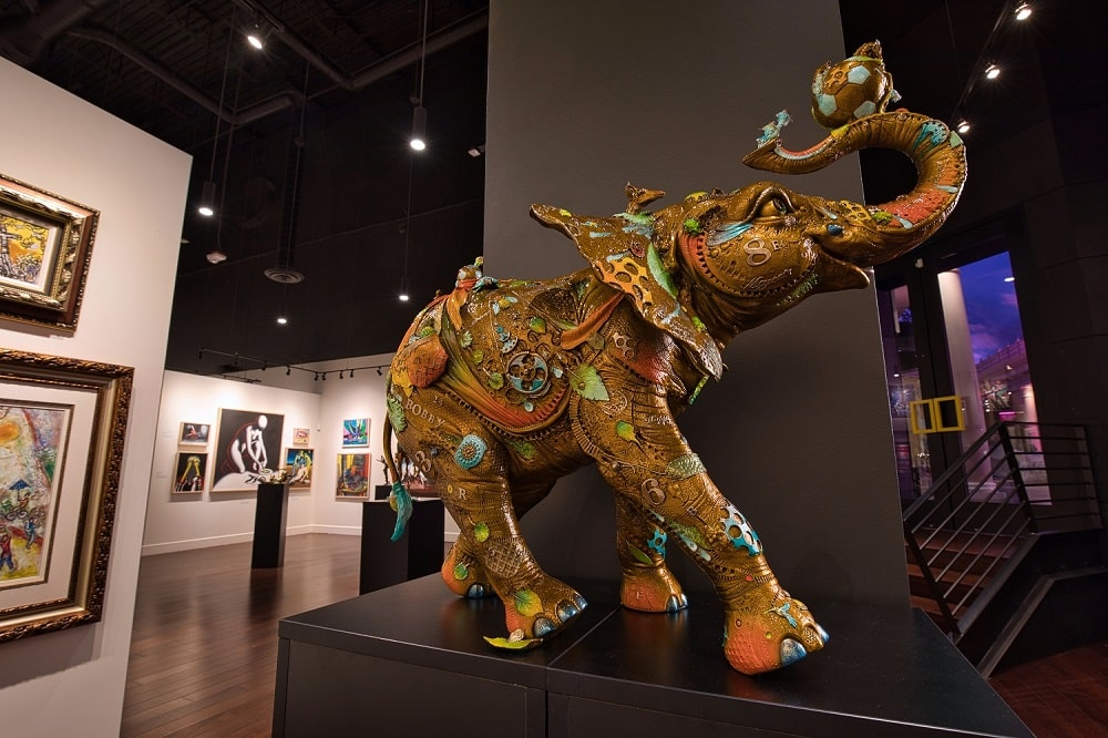 """A bronze elephant named """"Bobby"""" by acclaimed sculptor Nano Lopez welcomes guests to the new Park West Fine Art Museum & Gallery in Las Vegas."""